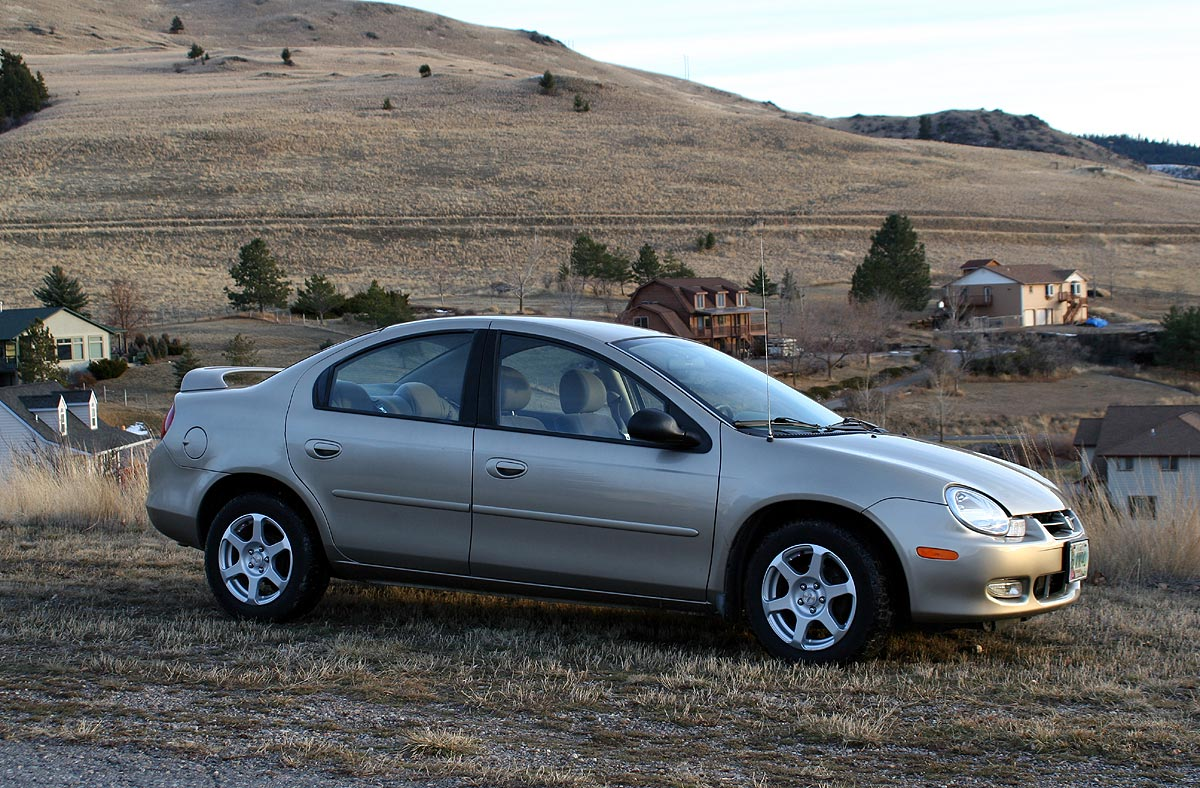 2002 dodge neon at the track driving feel. Black Bedroom Furniture Sets. Home Design Ideas